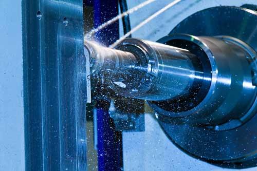 Los lbricantes refrigerantes son necesarios en los trabajos de mecanizado